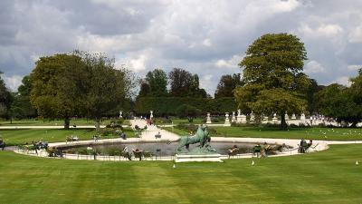 Jardin des tuileries parc et jardin france paris for Jardin gratuit paris
